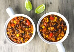 Lentil-and-Black-Bean-Chili-1